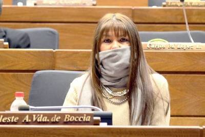 Celeste Amarilla, luego de acusar de corruptos a sus colegas, es denunciada por la UIP por amañar licitaciones de merienda escolar