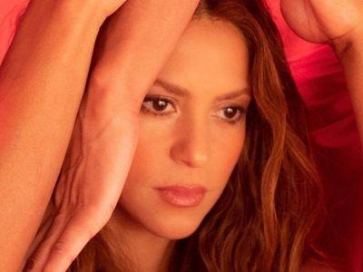 Shakira se convierte en una skater para Girl Like Me