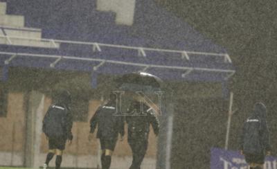 HOY / Intensa lluvia obliga a dejar sin efecto el partido entre el 12 y Guaireña