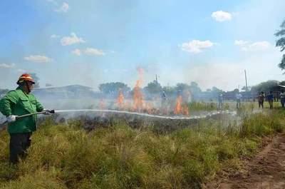 Fortaleciendo capacidades para prevención y control de incendios en el Chaco