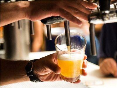 El alcohol bloquea sustancia química que permite prestar atención