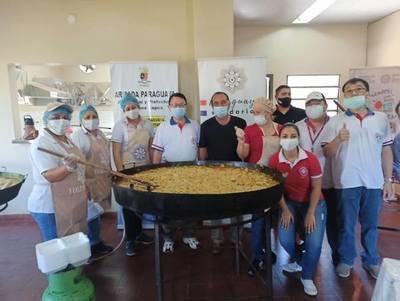 NUEVA JORNADA DE «PARAGUAY SOLIDARIO» LLEGÓ CON ALMUERZO PARA 700 FAMILIAS.