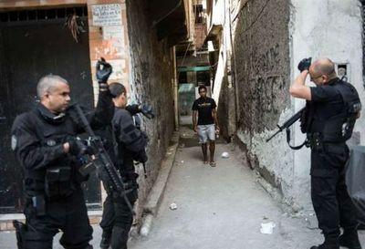 Dos niñas mueren por bala perdida durante tiroteo en Rio de Janeiro