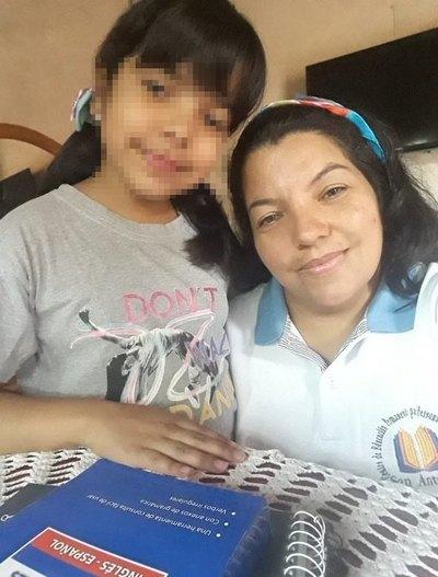 Crónica / Educación fuera de serie: su hija fue ¡su profe este año!
