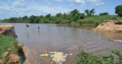 HOY / Fiscalizadores del Ministerio del Ambiente verificaron situación de la Laguna Cerro