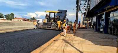 Asfaltan colectoras del multiviaducto para agilizar tránsito en las auxiliares – Diario TNPRESS