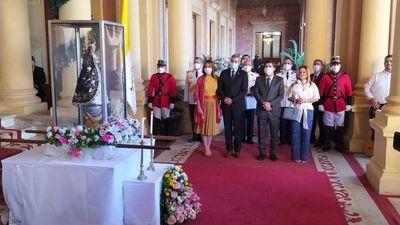 """Virgen Peregrina, en Palacio de Gobierno: """"Paraguay quiere defender a sus niños y la familia"""", reclama Edmundo Valenzuela"""