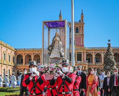 La Virgen Peregrina de Caacupé llega al Palacio de Gobierno