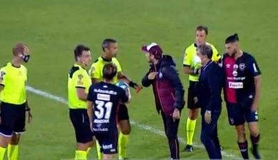 """HOY / Zubeldía se desbocó con árbitro: """"Ladrón, sos de Boca"""""""