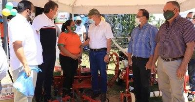 La Nación / Inauguran nuevo local para realizar ferias agropecuarias en Cordillera