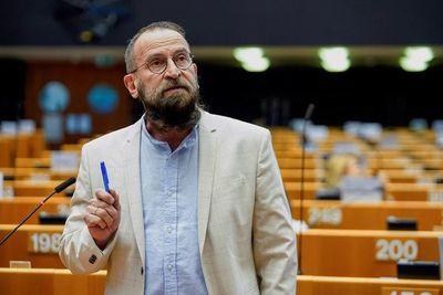 Orgías, drogas y cinismo ultraconservador en la burbuja europea