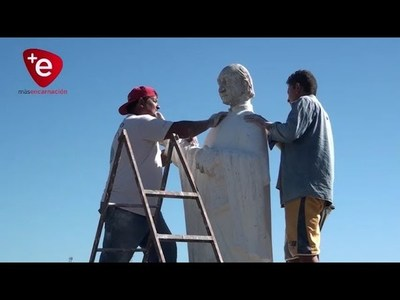 RESTAURAN MONUMENTO DEL PADRE CARLOS BOLIK