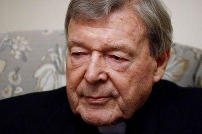 El Vaticano se arriesga a quebrar lentamente, dice extesorero Pell