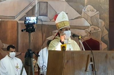 En fiesta patronal, obispo rechaza la ideología de género