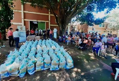 Gobernación distribuyó kits de alimentos a personas con discapacidad