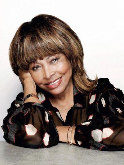 A los 81 años, Tina Turner revela cómo sobrevivió al abandono y a los abusos sexuales – Prensa 5