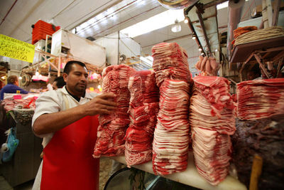 Los precios al consumidor en México suben al 3,33 % interanual en noviembre