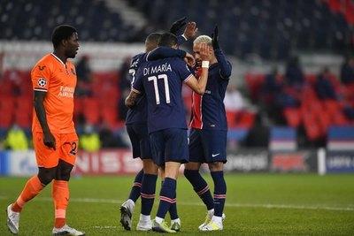 PSG golea a Basaksehir y pasa a 'octavos' como primero del grupo