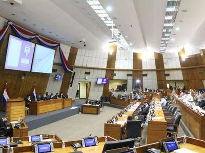 Diputados dan autonomía a Dinavisa y advierten de más cargos públicos