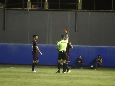 Cuatro futbolistas se pierden lo que resta de la fase regular