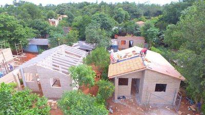 Estado solo puede cumplir con 4.000 viviendas de las 7.300 que había prometido Durand