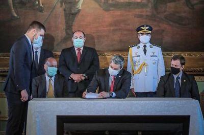 Marito lanza nuevo Plan Anticorrupción que serviría sólo para la foto