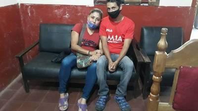 Estaba con su amante peruano: Aparece mujer cuyo marido estaba preso por feminicidio
