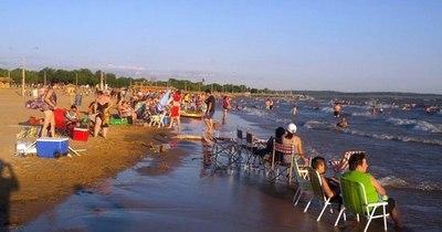 La Nación / Destino LN: playa, historia y espacios verdes son atractivos de Carmen del Paraná