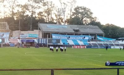 HOY / En Villarrica se pone en marcha la penúltima fecha del Clausura