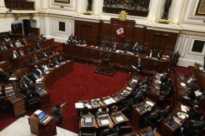 Congreso de Perú aprobó una reforma de la Constitución que elimina la inmunidad parlamentaria