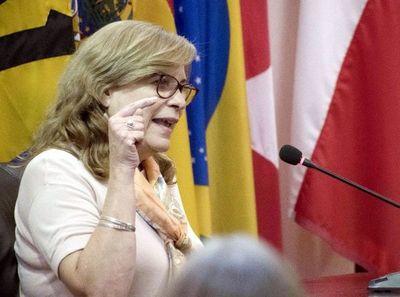 Anulan sentencia que favorecía a Cristina Arrom en la causa por difamación