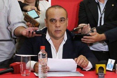 Bachi Nuñez pedirá suspensión de diputado Jorge Brítez por campaña contra uso de tapabocas