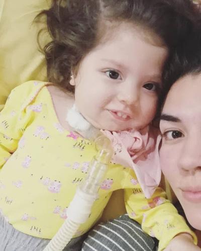 Salud se compromete a gestionar adquisición de medicamento para Bianca