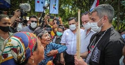 La Nación / Abdo afirmó hacer justicia con los pueblos originarios mediante la inserción laboral