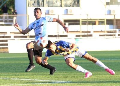 Guaireña FC venció sobre el final 1-0 a Sportivo Luqueño.