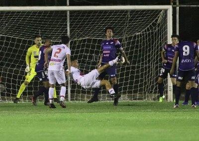 River Plate y Nacional empataron en un partido con final emotivo
