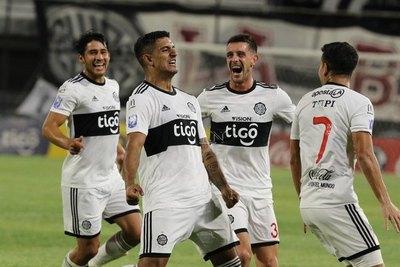 En una noche de golazos, Olimpia volvió a ganar en el Clausura