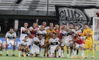 HOY / Se retira Julio Cáceres, toda una institución del fútbol
