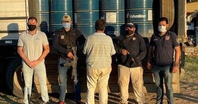 La Nación / Incautan en el Chaco 16.000 litros de materia prima para elaborar drogas