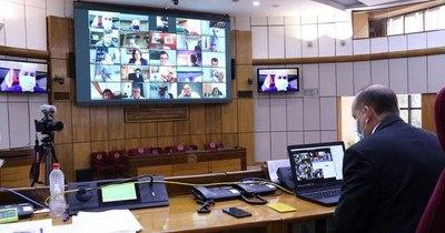 La Nación / Senadores legislan contra reloj: obligados recurrirán a 3 sesiones para esta semana