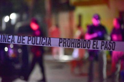 Autoridades desalojan fiesta clandestina de 100 personas en Ciudad de México