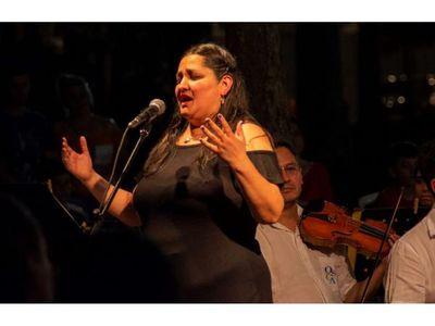Las aves cantan con la OSCA se presenta en la Plaza Uruguaya
