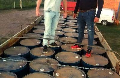 Incautan 16.000 litros de acetona en  el Chaco