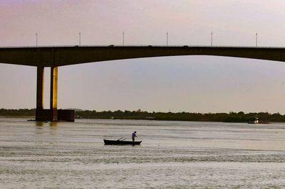 Río Paraguay vuelve a subir tras días de descenso