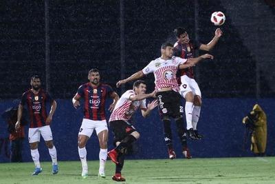 El campeón se frena ante el descendido San Lorenzo