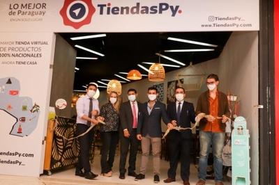 Habilitan local en un shopping donde emprendedores paraguayos podrán vender sus productos