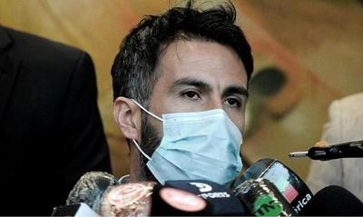 Peritan las computadoras de los médicos investigados por el fallecimiento de Maradona