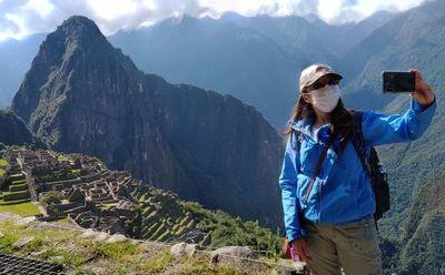 Machu Picchu cierra por protestas contra servicio de trenes