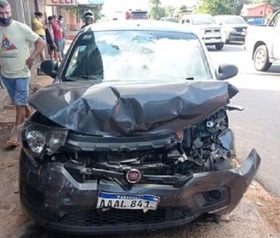Joven conductor muere tras chocar contra una camioneta en Capiatá