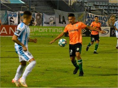 Banfield detiene el andar triunfal de Atlético Tucumán y es líder de su zona